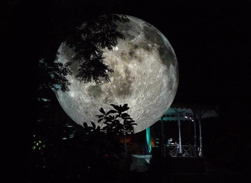 museum-of-the-moon-luke-jerram